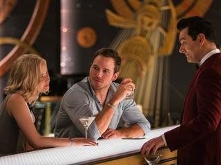 Jennifer Lawrence, Chris Pratt, and Michael Sheen in Passengers