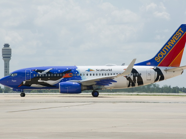 Southwest Airlines SeaWorld penguin plane