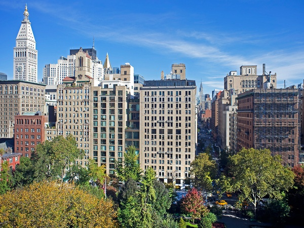 18 Gramercy Park, NYC penthouse, 12th-floor view, Leslie Alexander