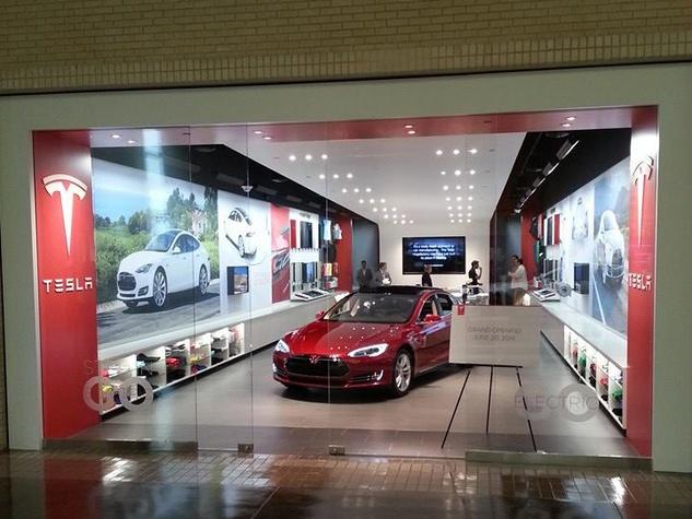 Tesla Motors at NorthPark Center