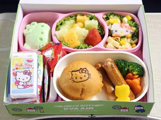 Hello Kitty EVA Airlines food
