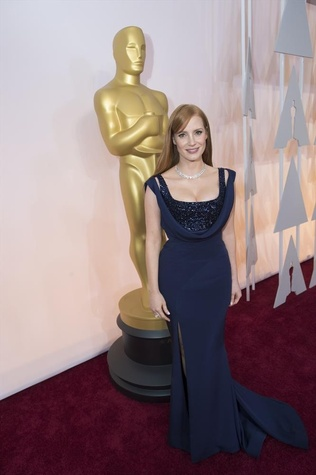 Jessica Chastain in Givenchy at Oscars red carpet