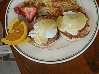 Eggs Benedict at Monument Cafe Georgetown
