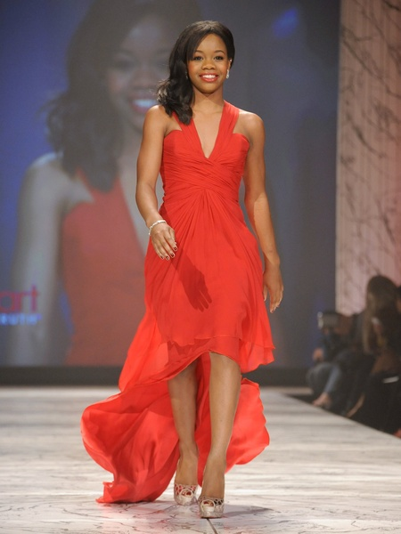 5, The Heart Truth 2013 Fashion Show, Gabrielle Douglas wearing Pamella Roland