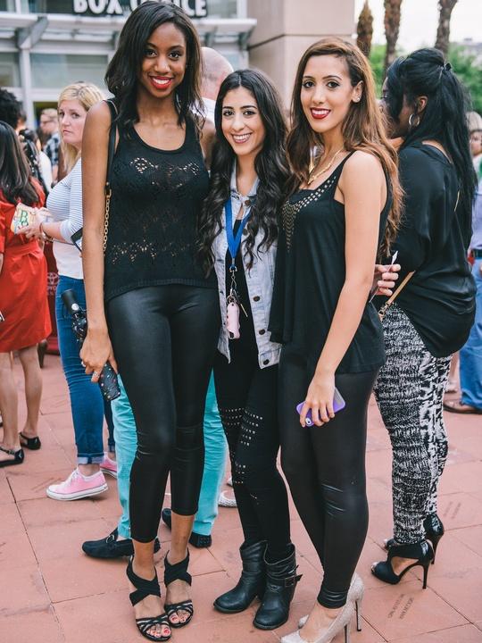 14 Beyonce Houston concert crowd July 2013 Denise Ross, Aleen Elsaadi, Aya Elsaadi