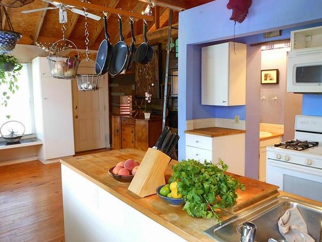 Kitchen 4739 Buck