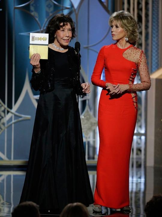 60 Lily Tomlin, left, and Jane Fonda Golden Globes fashion January 2015