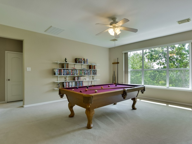 9013 Sautelle Austin house for sale game room