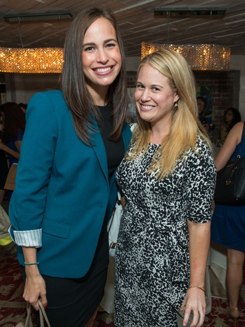 6 Tracy Leibovitz, left, and Lindsay Grossman at the CultureMap Summer Social July 2014