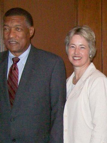 News_Mayoral Election 2009_Gene Locke_Annise Parker