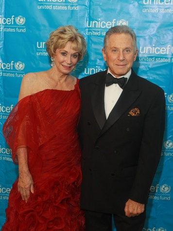 106 UNICEF Houston gala September 2013 Bobbi Kirlin and Joel Oppenheim