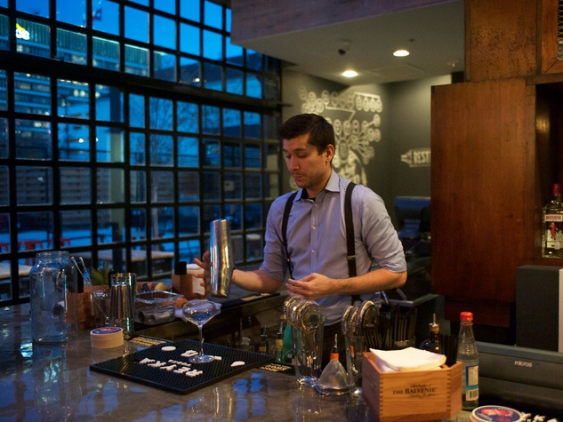1 Wooster's Garden in Midtown December 2014 bartender