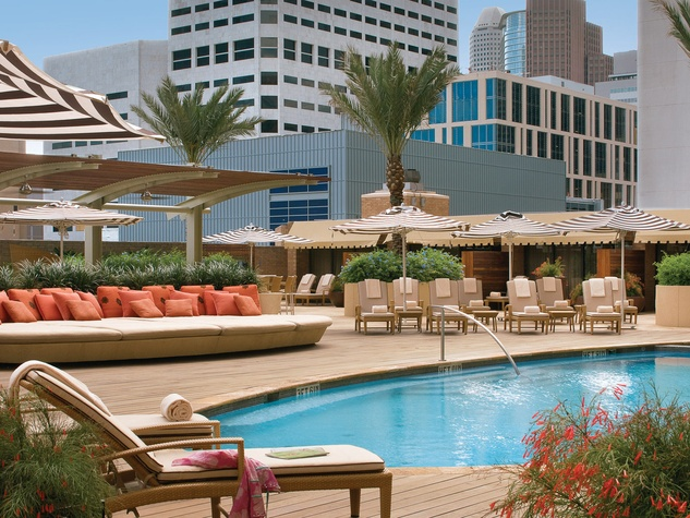Places-Hotels/Spas-Four Seasons Hotel-pool