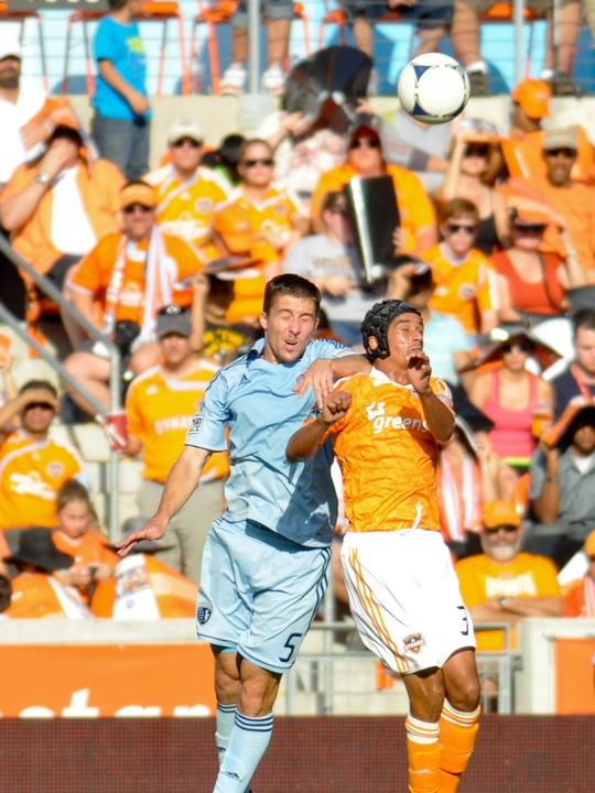 Dynamo KC header battle