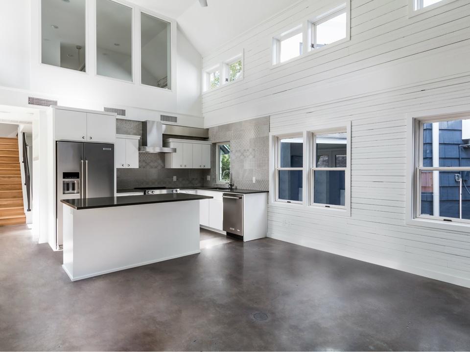 West 31 kitchen