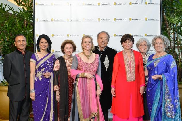 Houston, News, Ruchi Mukerjee, Pratham Gala, May 2015,  Dr. Suresh Khator, Dr Renu Khator, Harriet Latimer, Lori and Darryl Schroeder, Beth Madison, Beth Robertson, Lillie Robertson