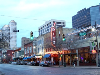 Austin Photo Set: place_Sixth Street