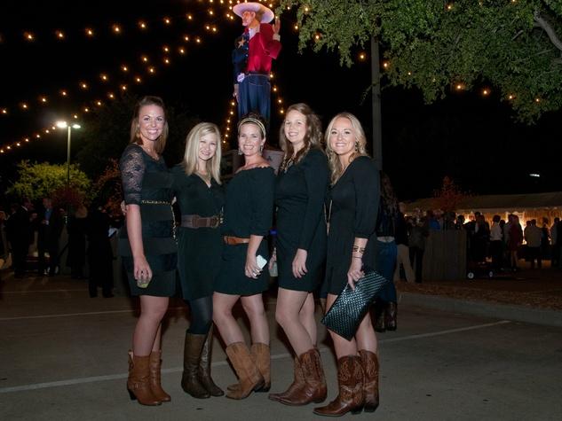 Molly Heckendorn, Brittani Travelstead, Breean Nugent, Heather Torres, Michelle DeVore
