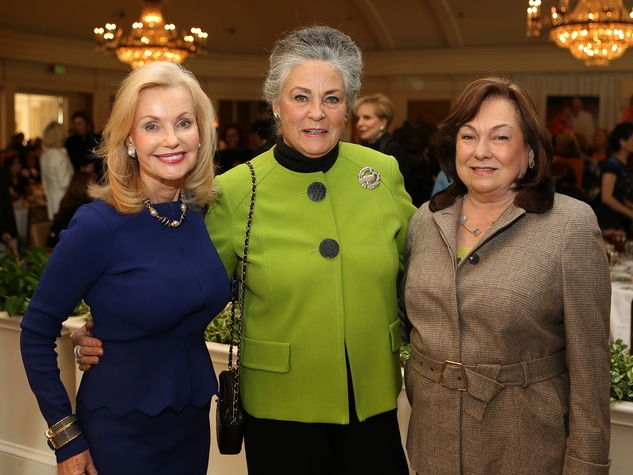 17 Pat Breen, from left, Candace Bennett McMurrey and Rose Cullen at the CancerForward luncheon November 2013