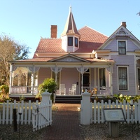 Dallas Heritage Village presents Neighborhoods We Called Home
