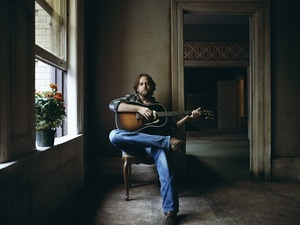 Austin Photo Set: News_Arden_Hayes Carll_june 2012_1