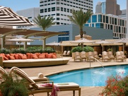 News_Hotel pools_Four Seasons_pool