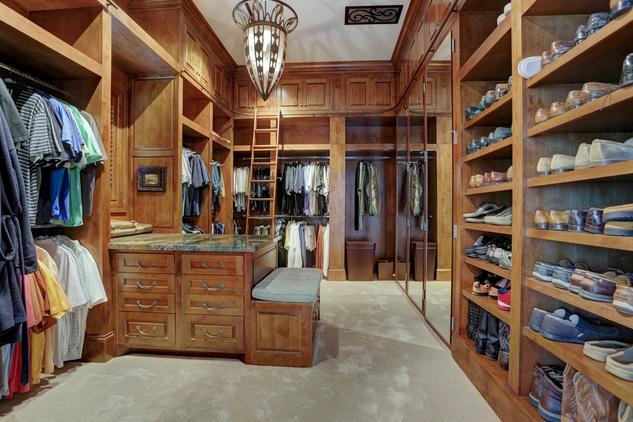 Houston, Buckingham 527, June 2015, Master closet for him