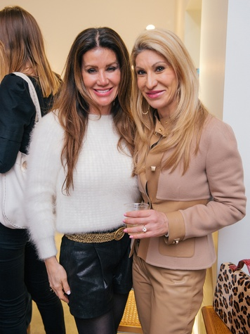 14 Paula Fyhr, left, and Rosemarie Roth at the Lynn Goode Vintage opening reception March 2014