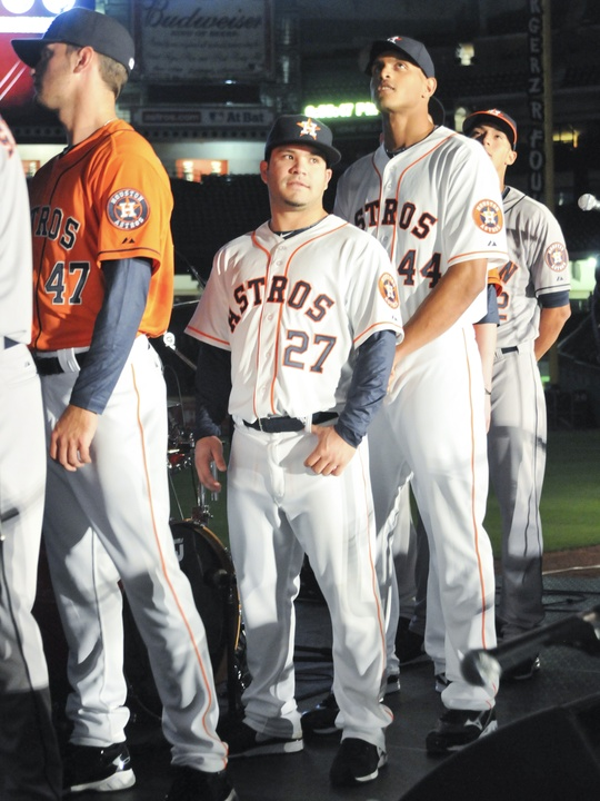 Astros Jose Altuve new uniform