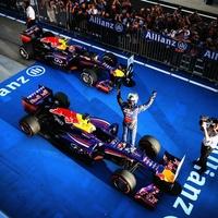 Sports_F1_Vettel_Suzu_Cindy_Oct_2013