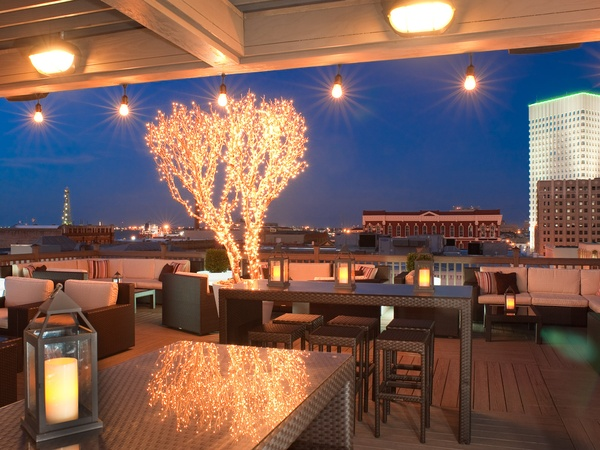 News_The Tremont House_Rooftop Bar_night