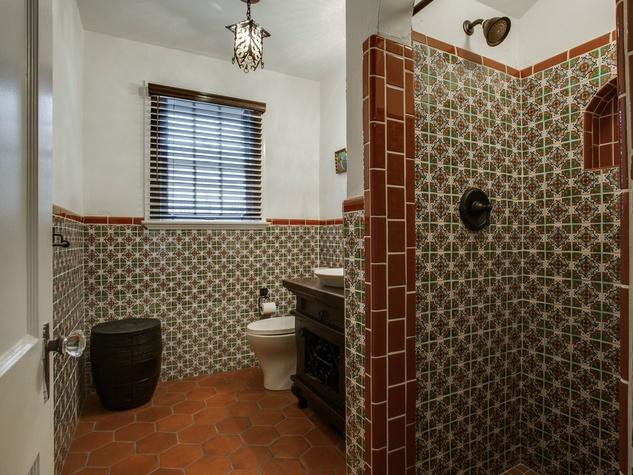 Bathroom at 5338 Ellsworth Ave in Dallas