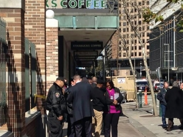 Houston police officer shoots suspect outside of downtown Starbucks February 2014