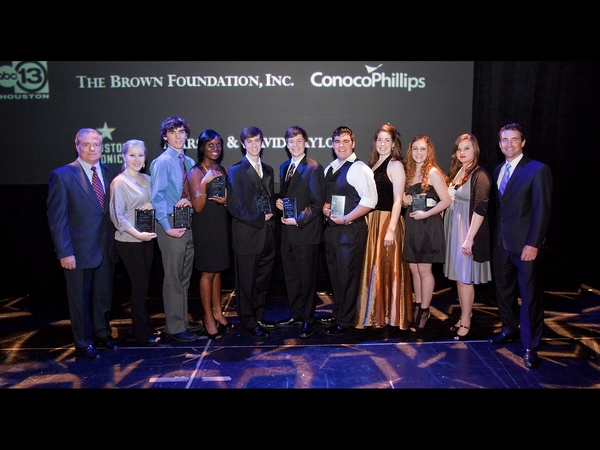 News_Tommy Tune_TUTS_April 2012_Scholarship Winners