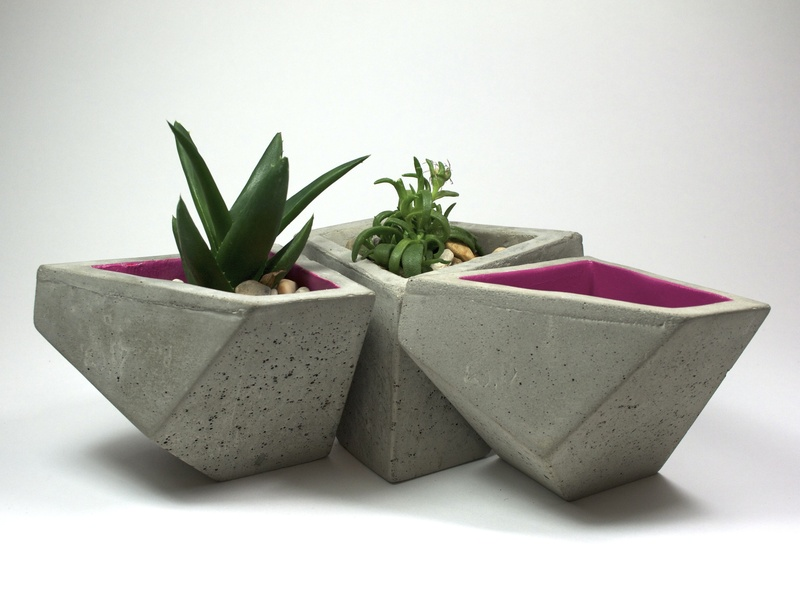 "UH ""Architecture of the object"" class at PH Design, December 2012, concrete bowls 3"