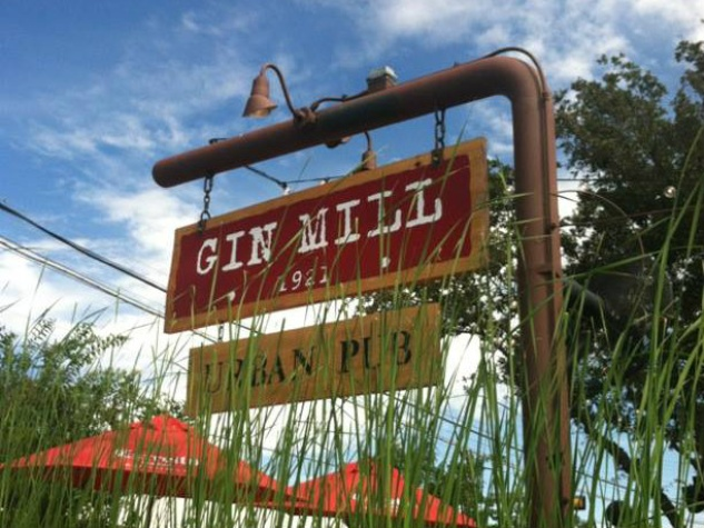 Gin Mill restaurant in Dallas