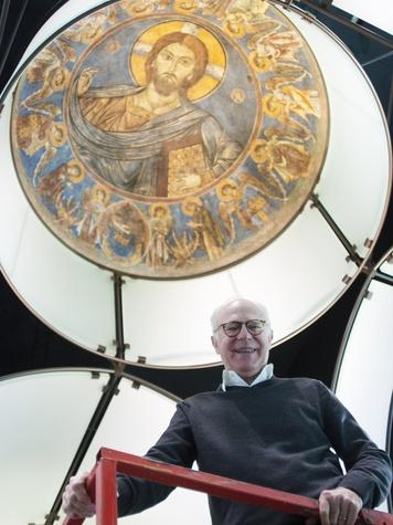 News_Byzantine Chapel_frescos_removal_Francois de Menil