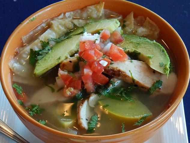 Hugo Caliente restaurant October 2014 tortilla soup