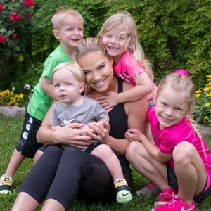 Jenny Myers and kids