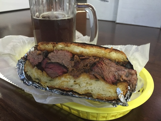 Jackson Street Barbecue sandwich April 2015