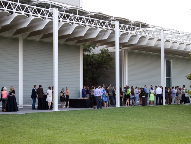 News_Menil Contemporaries event_April 2012_crowd_group_The Menil
