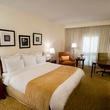 Houston Airport Marriott at George Bush Intercontinental Airport guest room bedroom