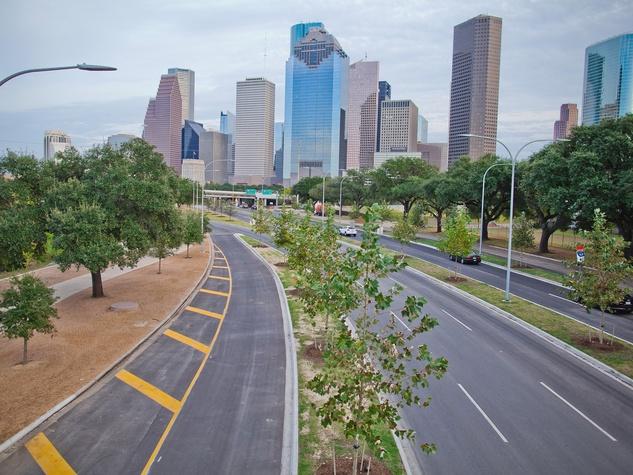 Allen Parkway improvements with trees