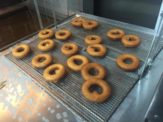 Hugs & Donuts soft open