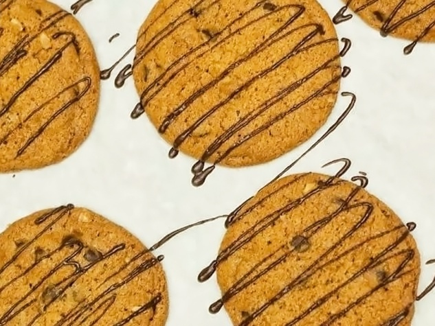 Paulie's chocolate chip cookies with chocolate drizzle