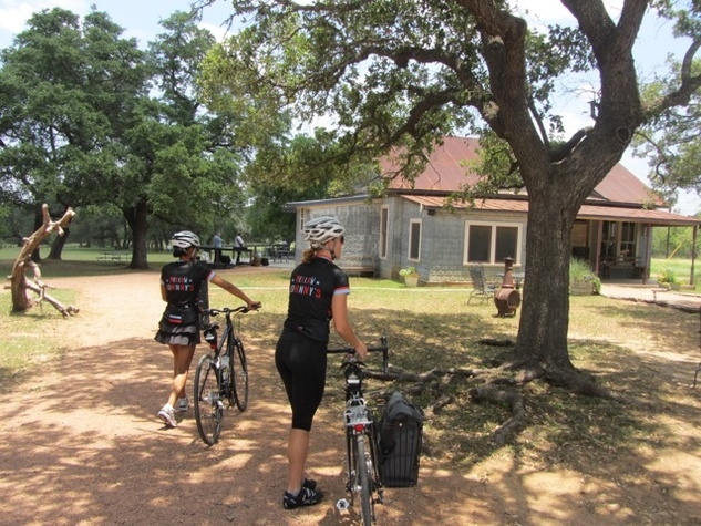 Ashley Hunter and Julie Doheney pulling into William Chris Vineyards
