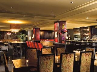 Places-Drinks-Monarch Bar interior Hotel ZaZa