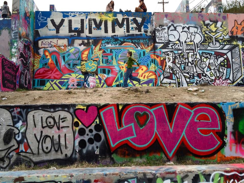 Street Art of Love and Heartbreak in Austin 13