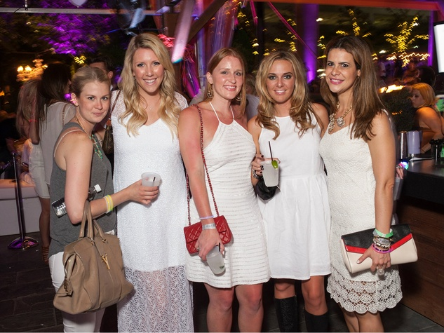 Christine Fiedler, Kiley Candelari, Allison Anders, Olivia Lowery, Chela Moros, white party