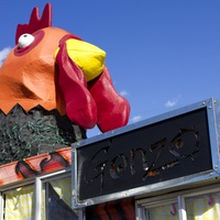 Gonzo Juice food trailer rooster